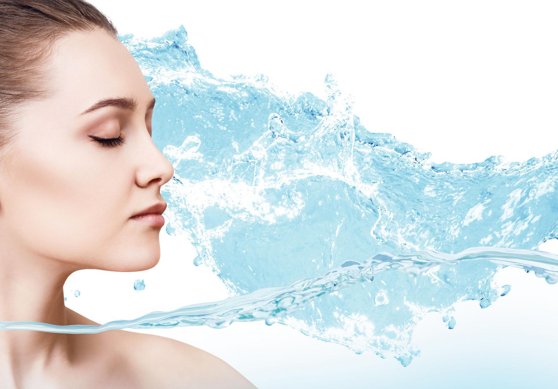 Jak skutecznie nawilżać skórę?