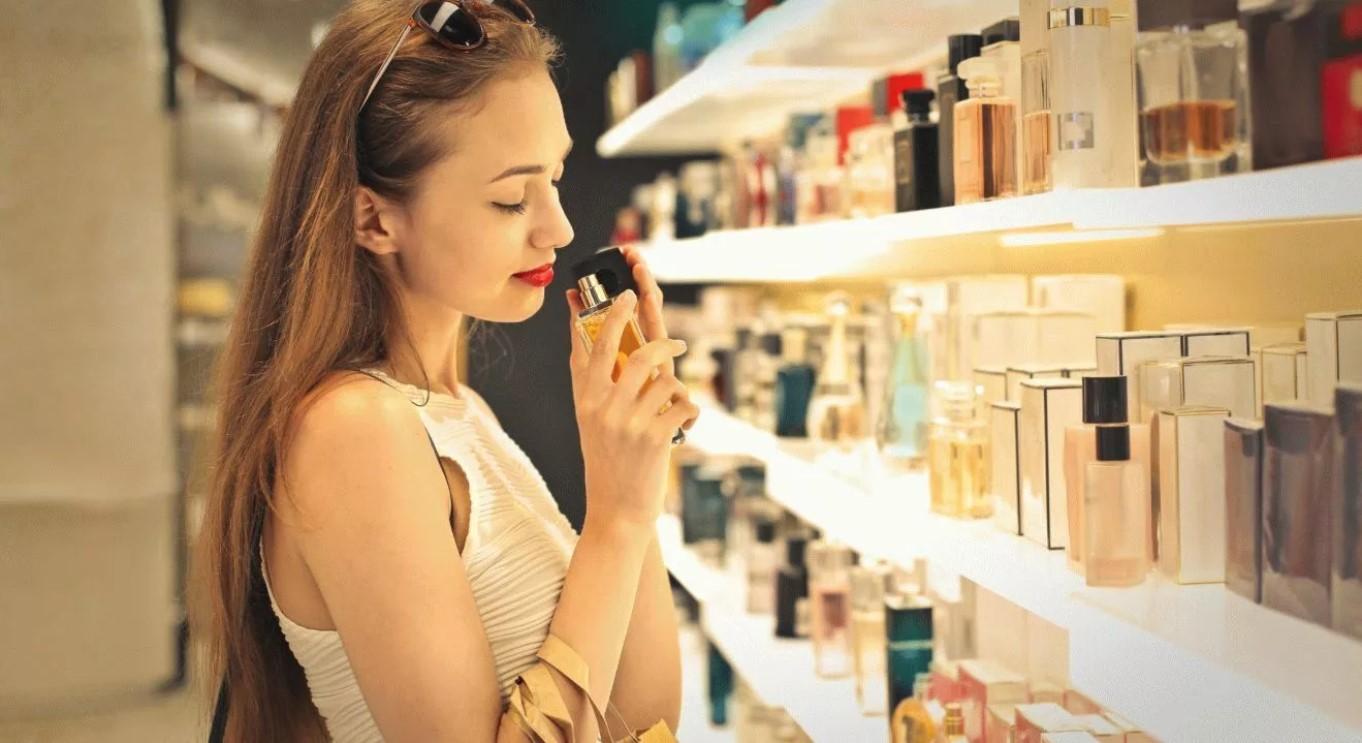 Jak wybrać perfumy: 5 prostych wskazówek